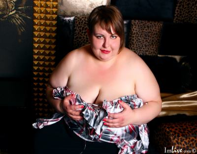TerezaHall, 35 – Live Adult cam-girls and Sex Chat on Livex-cams