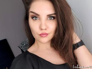VanessaDeluxe1