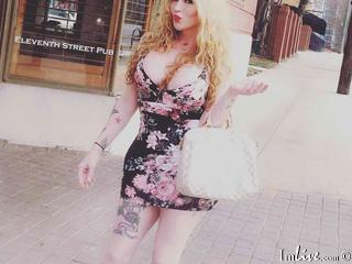 I Have Blonde Hair, My Model Name Is TsCandyCreamxoxo, I'm 37 Years Old And I'm A Sex Chat Irresistible Trans-sexual
